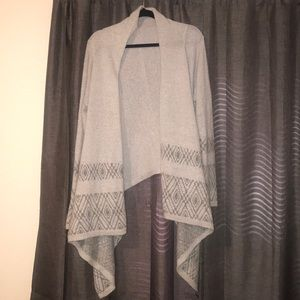hollister gray cardigan with high low effect